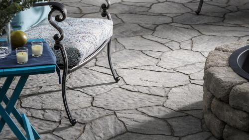 Project featured in the 2018 Belgard Catalog